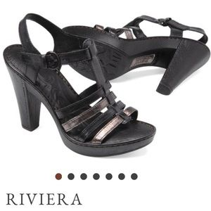 Born wedge platform heel sandal shoes.